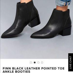 NWT Finn black leather booties